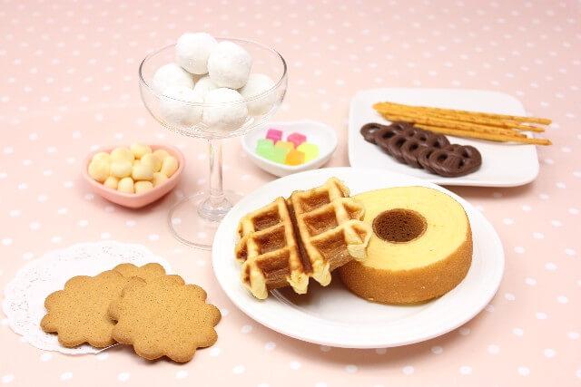 洋菓子類、スナック菓子