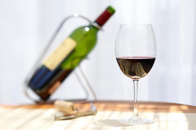 危険性がある食品添加物ワインの酸化防止剤(亜硫酸塩)