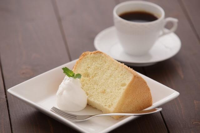 スポンジケーキやホイップクリーム起泡作用