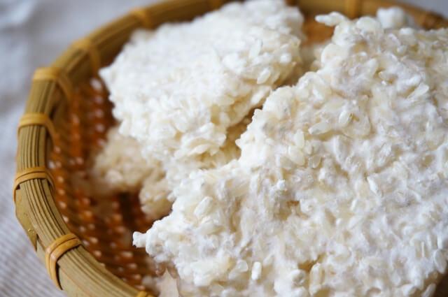 紅麹菌(ベニコウジ菌)は、麹菌(コウジ菌)のうちの一つ