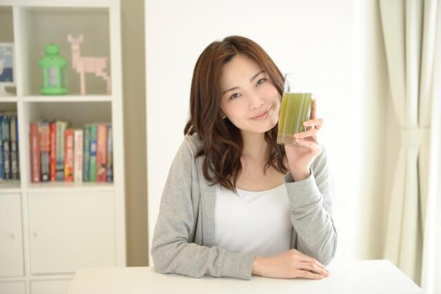 大麦若葉青汁ダイエット
