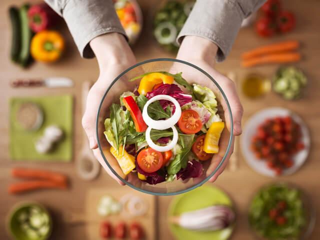 ロカボとは?ロカボダイエット方法やコンビニで買えるロカボ商品・食品